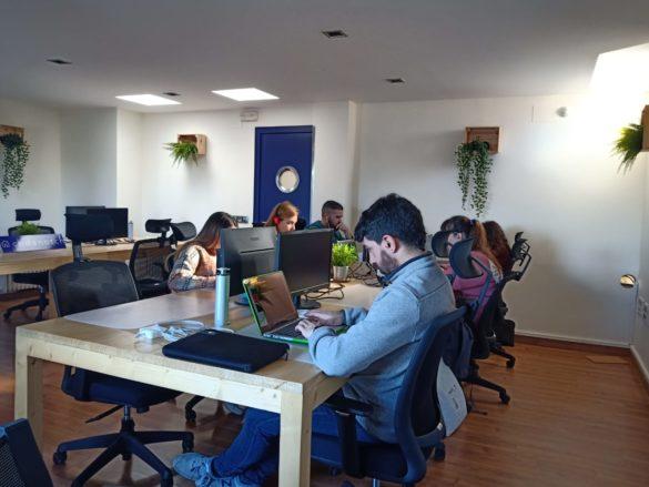 Codenotch - Alumnos trabajando